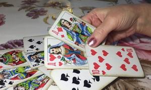 Гадание на игральных картах на любовь и отношения «Польский расклад»